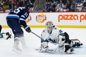 NHL: Aaron Dell, San Jose Sharks top Winnipeg Jets