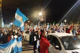 Protesta en Avellaneda contra la intervención de Vicentín ...