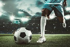 ゲームを変える!サッカーのスルーパスの3つのコツと練習方法を解説! | Sposhiru.com