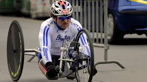 Alex Zanardi ha avuto un grave incidente in handbike, ricoverato d ...