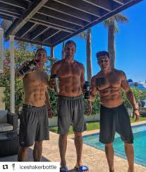 """Chris Gronkowski on Twitter: """"Warning @iceshakerbottle may lead to extreme  GAINZ!💪🏽 ・・・ Have you grabbed an @iceshakerbottle yet!? Whatcha waiting  for! https://t.co/na5lUR6WCz #iceshaker #GodsPlan #miamibeach  #JackedDiesel… https://t.co/AdtHnDyhcm"""""""