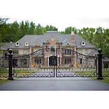 40 Awesome Wrought Iron Driveway Gates Designs Images Wrought Iron Driveway Gates House Gate Design Outdoor Gate