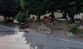 Prete ucciso in centro a Como