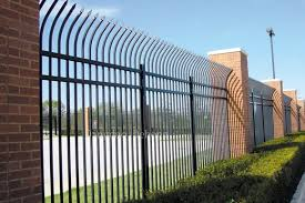 The Difference Of The Hot Dip Galvanized Fences And Ordinary Fences Qingdao Dehong Industry Trade Co Ltd