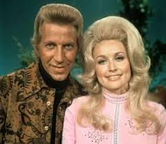 Today, Porter Wagoner would be 86 years old today 8-12-13. He was born in  1927. Known as Mr. Grand Ole Op… | Dolly parton, Best country music,  Country music singers