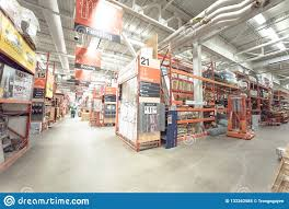 Customer Shopping Inside Home Depot Hardware Store In Dallas Te Editorial Image Image Of Indoor Entrance 133262585