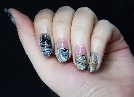 nail polish on water trick