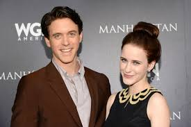 Ashley Zukerman, Rachel Brosnahan - Ashley Zukerman Photos - WGN America's  'Manhattan' Panel - Zimbio