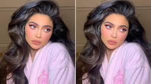 Kylie Jenner Pokazuje Co Ukrywa Pod Perukami Tak Wygladaja Jej