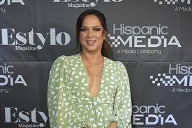 Adamari López es sustituida por Myrka Dellanos en Un nuevo día | Adamari  López, Telemundo, Redes Sociales, Coronavirus