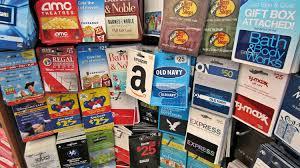 gift card vs prepaid debit card what