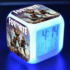 This Amazing Glow In The Dark Clock Also Features A Temperature Read Out 1 X Digital Alarm Clock Alarm A Boys Night Light Light Alarm Clock Kids Bedroom Boys