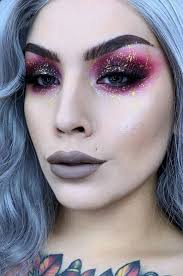 cute and cool christmas makeup ideas