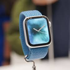 Apple Watch Series 4 First Look: A ...