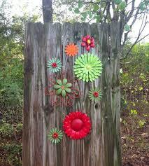 Red Green Orange Metal Fence Flowers Metal Yard Art Hanging Outdoor Patio Fence Decor Yard Art Metal Yard Art Fence Decor