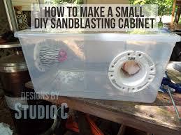 sandblasting cabinet for the air eraser
