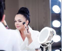 cat eye makeup tips a step by step