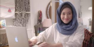 hijab dan 5 rekomendasi tutorial makeup