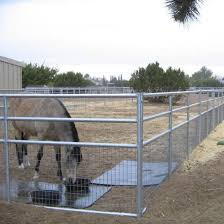 China Welded Wire Livestock Horse Corral Fence Panel China Welded Wire Horse Panels Livestock Fence Panels