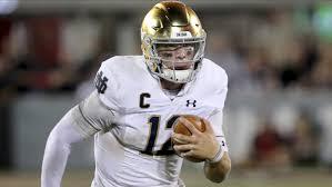 Notre Dame quarterback Ian Book makes ...