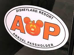 Photos New Mickey Pumpkin Halloween Annual Passholder Magnet Coming Soon To Disneyland Resort Wdw News Today