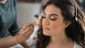 makeup and beauty therapy courses