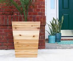 How To Build A Diy Tapered Cedar Planter