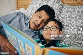 2,680 Parent Reading To Child In Bed Photos and Premium High Res Pictures -  Getty Images