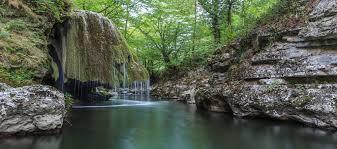 Top 20 cele mai frumoase locuri de vizitat în România | momondo ...