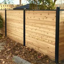 Slipfence 1 25 In X 1 5 In X 84 In Aluminum Cap Rail For Top Of Horizontal Slipfence Fence Rail Sf2 In 2020 Modern Fence Design Backyard Fences Backyard Landscaping