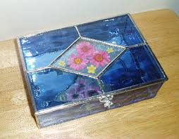 jewelry box with pressed flowers in the lid