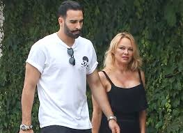 Adil Rami responded to the charges of Pamela Anderson of treason | Wirewag