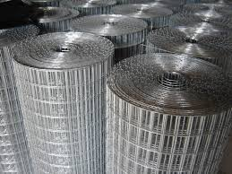 Welded Wire Mesh Fencing Heavy Gauge Thick Steel Wires 50mm Mesh Holes