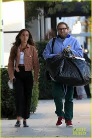 Jonah Hill Holds Hands with Girlfriend ...