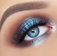 gorgeous blue eye makeup for prom