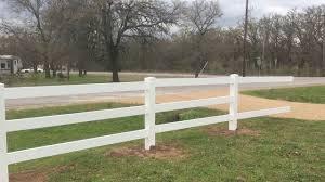 3 Rail Vinyl Horse Fence Installation On 2 6 Acres Ranch Youtube