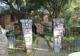 Easy Halloween Decor 9 Diys For Your Haunted House Bob Vila