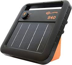 Amazon Com Gallagher S40 Solar Electric Fence Charger Powers Up To 25 Mile 80 Acres Of Fence Low Impedance 0 4 Stored Joule Energizer Unique Battery Saving Technology