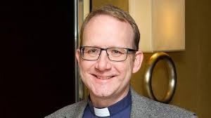 Revd. Aaron Stevens, Minister, St. Columba's Church Budapest - XpatLoop.com