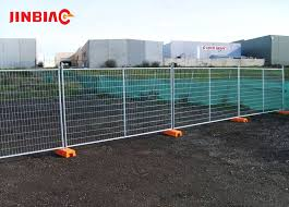 Retractable Galvanized Steel Pipe Fence Temporary Fence Jinbiao
