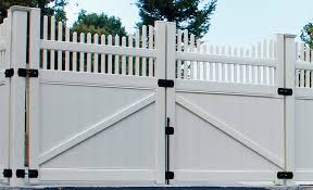 High Quality Vinyl Gates Superior Plastic Products