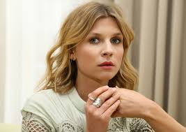 Clémence Poésy Talks French Girl Style and Sneaking Her Own Clothes Into  Movie Costumes