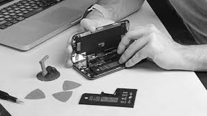 apple is locking iphone batteries to