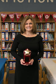 Dr. Robin Hamilton, 2015 Regional Principal of the Year! | Fashion, Style,  Robin