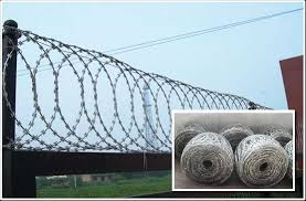 Flat Razor Wire Fence Panels For Security Fixed With Clips