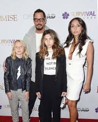 Chris Cornell's widow says his battle with addiction led to his ...