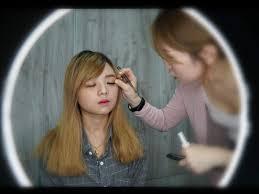 professional makeup artist hair