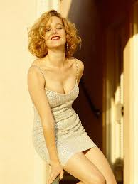 Penelope Ann Miller | Penelope ann miller, Ann miller, Hollywood celebrities