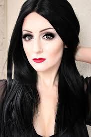 makeup like morticia addams saubhaya