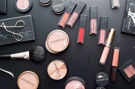 freelance makeup artists near me